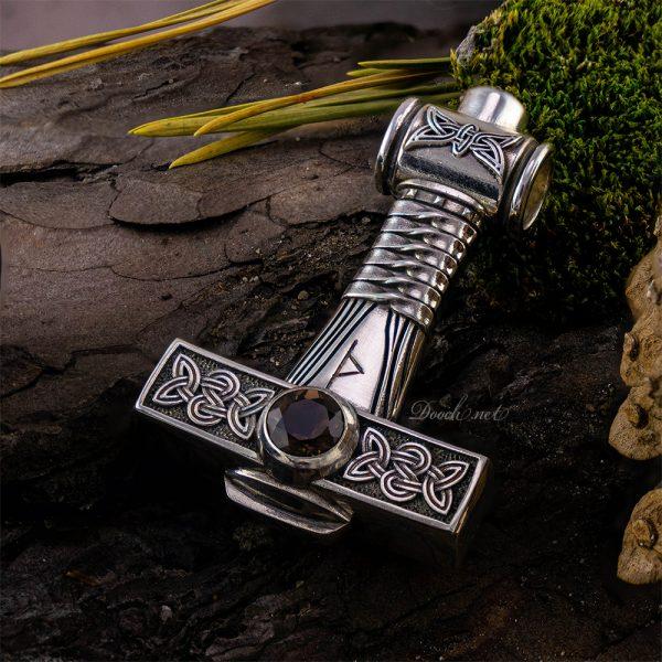 Молот Тора с сапфиром DOOCH